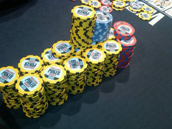 24 Remaining in This Year's WSOPE Main Event