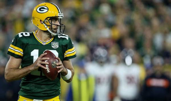 Oddsmaker: Aaron Rodgers Not Expected to Start Week 2, Roethlisberger Will
