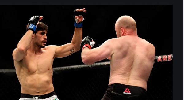 Antonio Carlos Junior vs. Brad Tavares Fight Odds, Prop Bets - UFC 257
