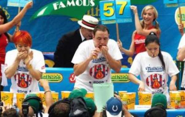 Betting on 2009 Nathan's Hot Dog Eating Contest
