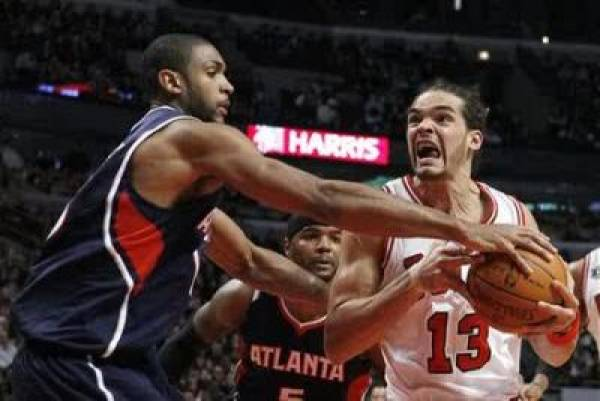 Bulls-Hawks Game 4 Line