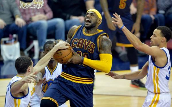 Cavs vs Warriors First 3 Games of the 2017 NBA Finals Series Result Betting