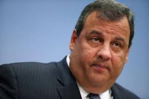 New Jersey Governor Christie Backs Away From Online Gambling Forecast