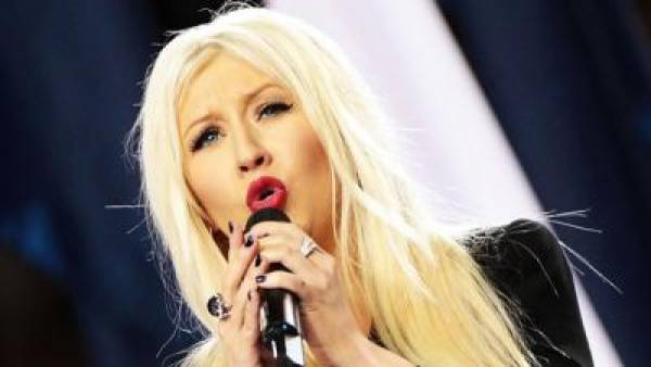 Christina Aguilera National Anthem Screwup