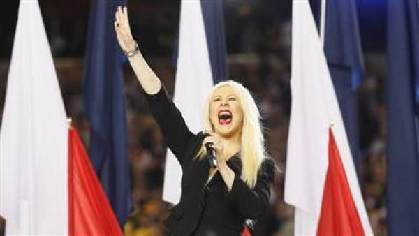 Christina Aguilera National Anthem Bet