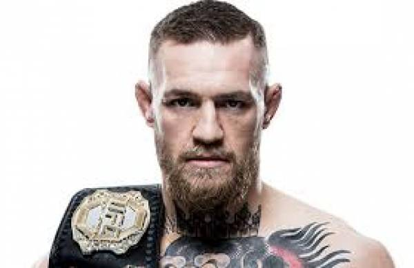 How Much Will a Bet on McGregor Pay Out if He Beats Mayweather?