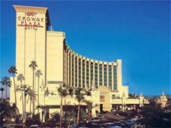 Los Angeles Crowne Plaza Hotel