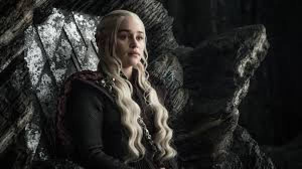 98 Percent of Polsters Predict Daenery Death in Final Game of Thrones Episode
