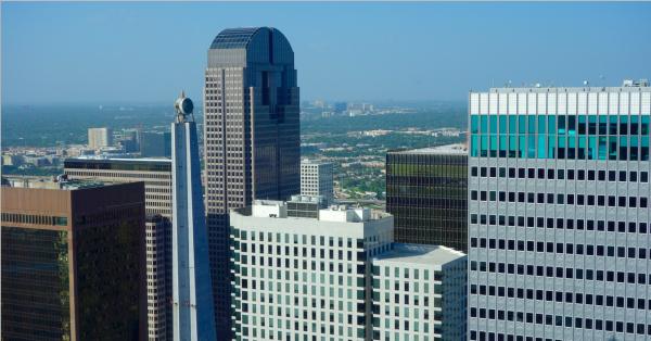 Own an Online Sportsbook in Dallas