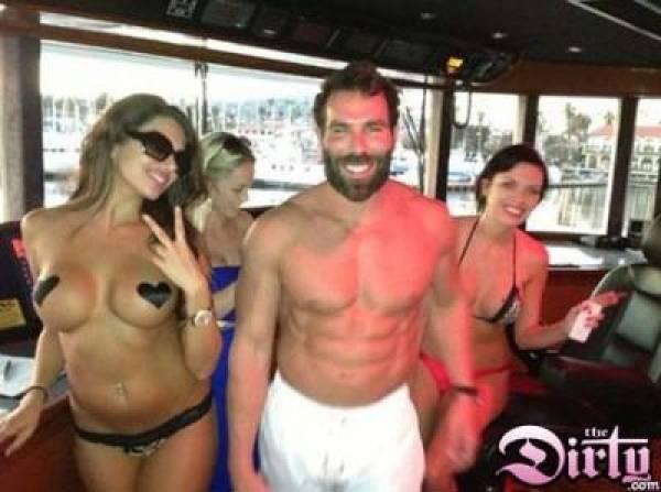 Poker Pro Dan Bilzerian Makes The Dirty Com While Attending Porta Potty Convention