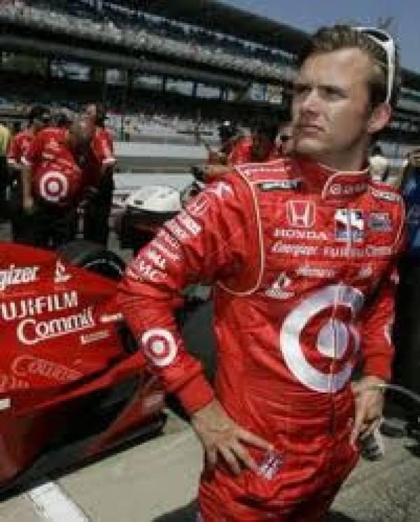 Dan Wheldon Wins Indy 500 at 12/1 Odds