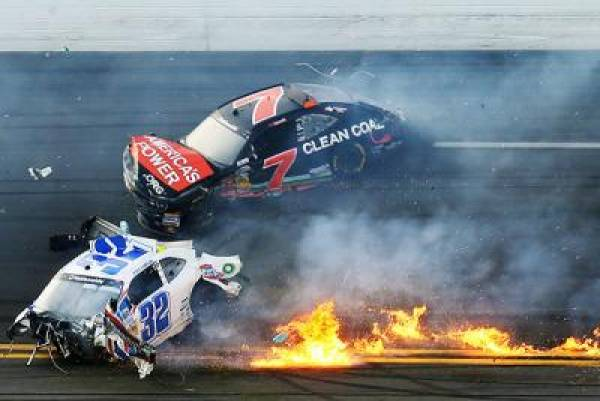 Betting on the Daytona 500 Still Available Despite Crash, Fan Injuries