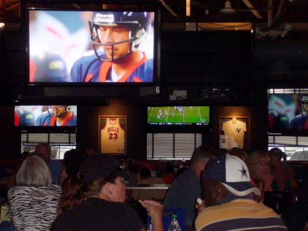 Denver Bookies and BarBets App Now Available at Local Sports Bars