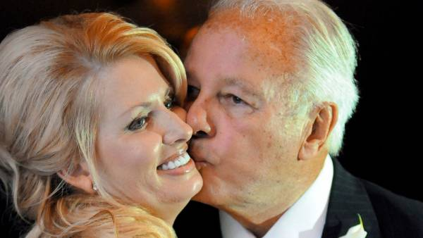 Gov Convicted of Taking Casino License Payoffs, Dies