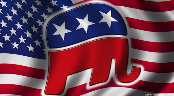 Vegas Oddsmaker Predicts GOP Landslide for Midterm Elections