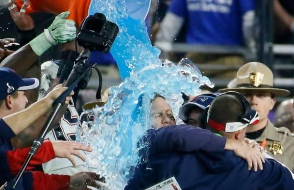 Color of Gatorade Dumped on Coach Super Bowl LII Prop