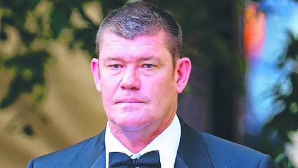 Casino King James Packer Backs Out of Vegas Options