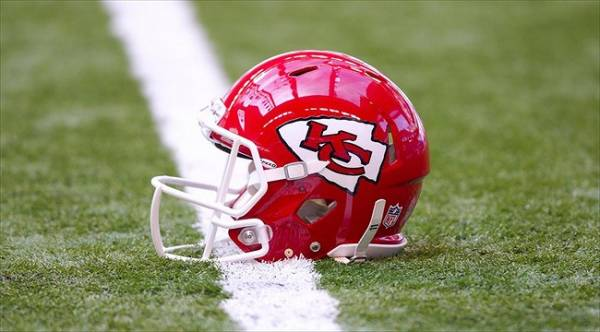 Chiefs Odds to Win the 2017 AFC West – Week 13