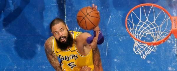 Hawks vs. Lakers Betting Preview - November 17, 2019