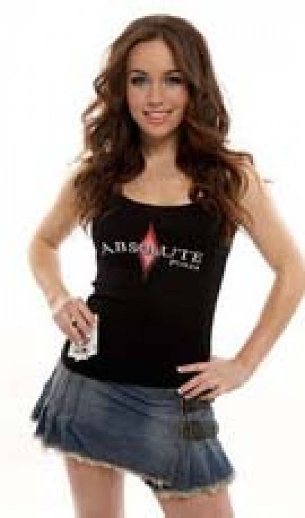 Absolute Poker S Liv Boeree Sets Sights On Pokernews Cup Gambling911 Com