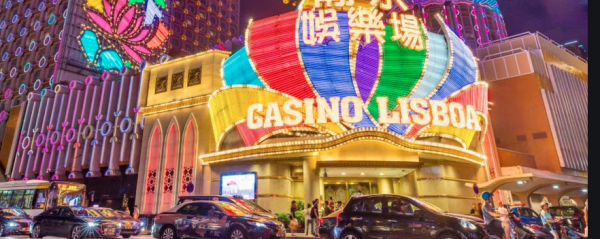 Macao Orders Closure of Entertainment Venues, Mass Testing