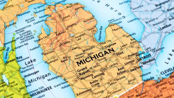 Sports Betting Beat: Michigan Cracks Top 3