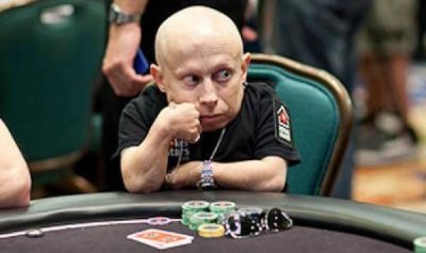 Mini-Me Poker