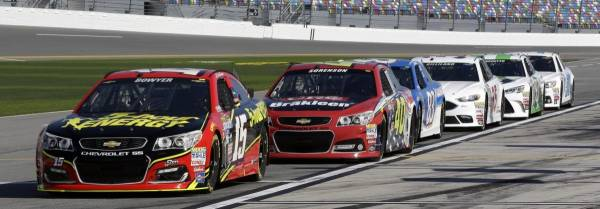Latest Odds to Win the 2016 NASCAR Combat Wounded Coalition 400