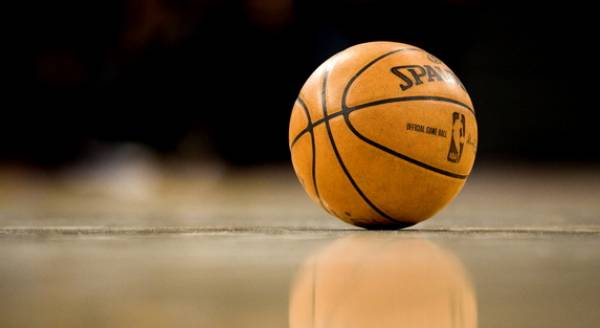 LA Clippers at Golden State Warriors Game 2  Betting Info