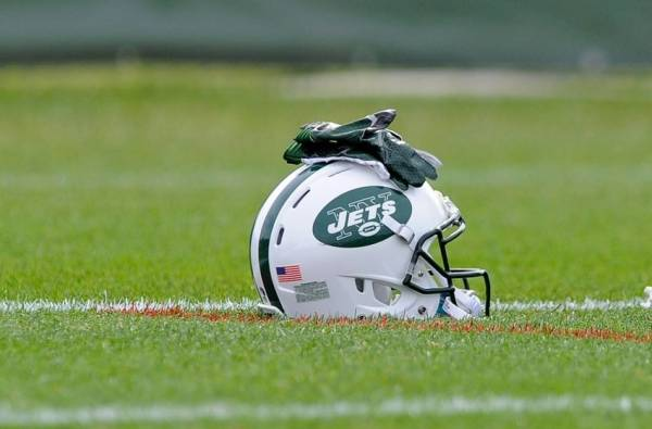 Jets vs. Dolphins Free Pick Betting Line