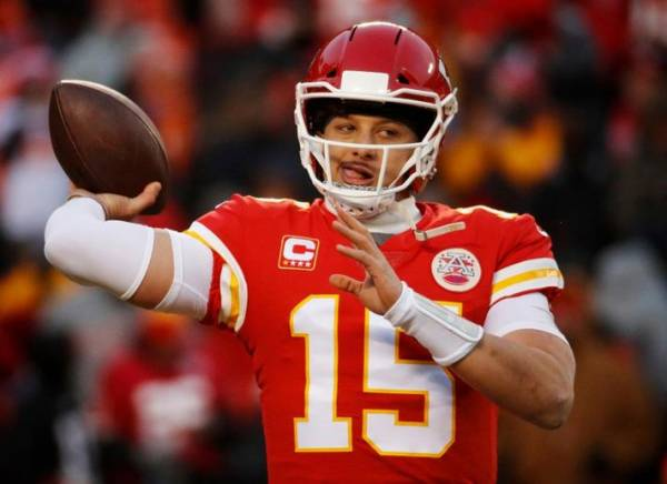 Expert Picks, Predictions Against The Spread: Chiefs @ Titans 2019