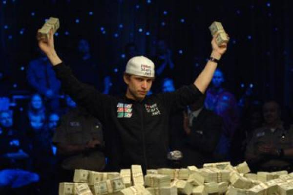 Peter Eastgate Signs on With Betfair Poker