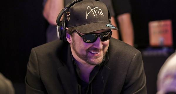 Phil Hellmuth on Verge of Getting Record 15th WSOP Bracelet