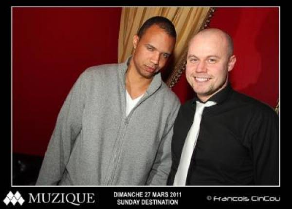 Phil Ivey Looks Stoned