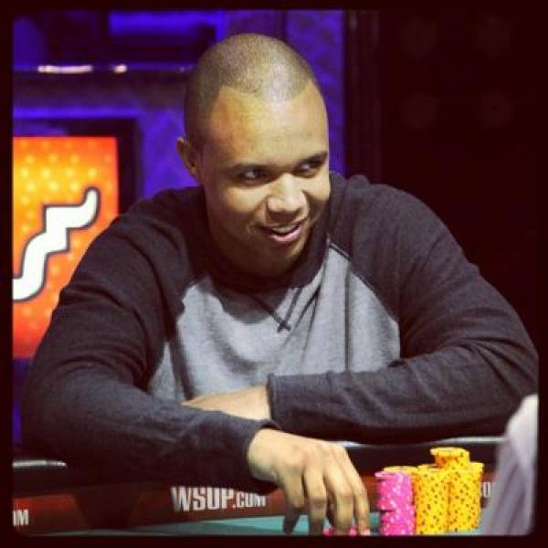 Phil Ivey Wins $736,844 on Full Tilt Poker in 48 Hours:  Dissed by SallyWo