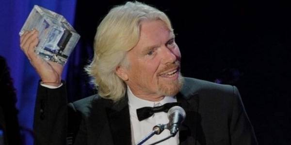 Richard Branson Buys Las Vegas Hard Rock Hotel and Casino