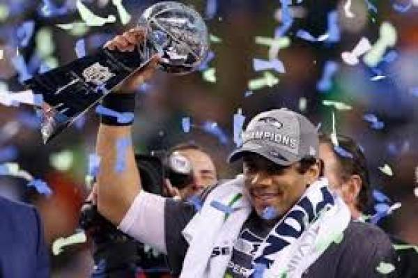 Seahawks 6-1 Favorite to Win 2015 Super Bowl, Tiger Woods Won't Win Major