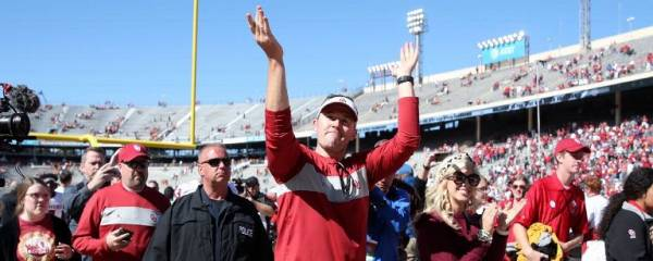 College Odds: Sooners' Suspensions Impact, LSU Injury and Bowl Prop Bets