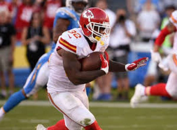 Kansas City Chiefs Bookie News – Spencer Ware Out for Season