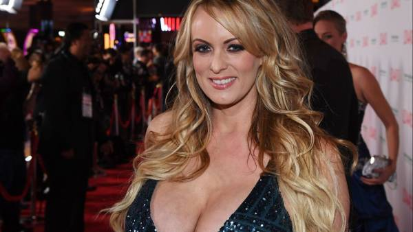 Win Cash Playing Adult Games Sexier Than Stormy Daniels