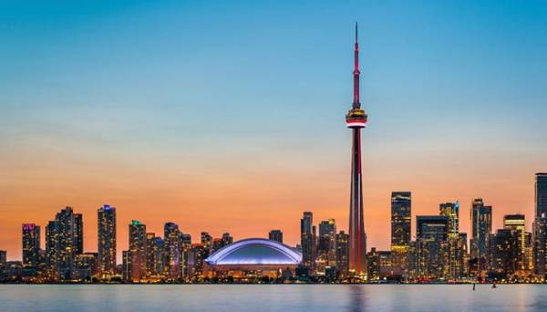 Where Can I Watch, Bet the Super Bowl Online From Toronto