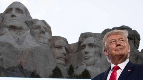 Mount Rushmore Odds List Includes Trump, Kanye, Kim and Oprah