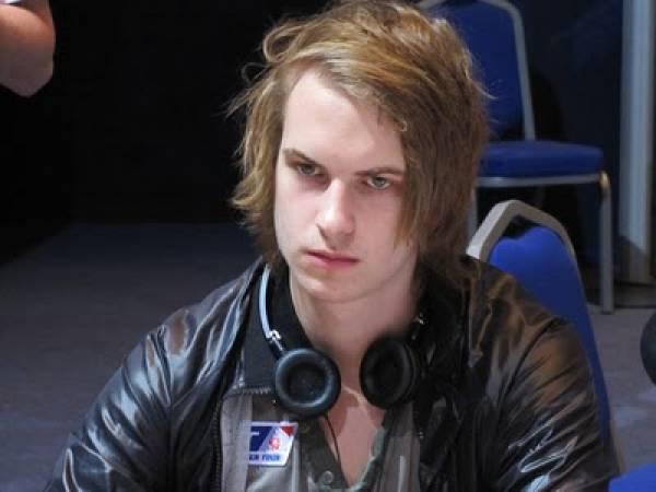 Viktor Blom, Isildur1
