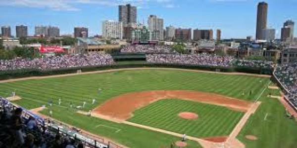 Where Can I Watch, Bet the Mayweather-McGregor Fight Near Wrigley Field Chicago