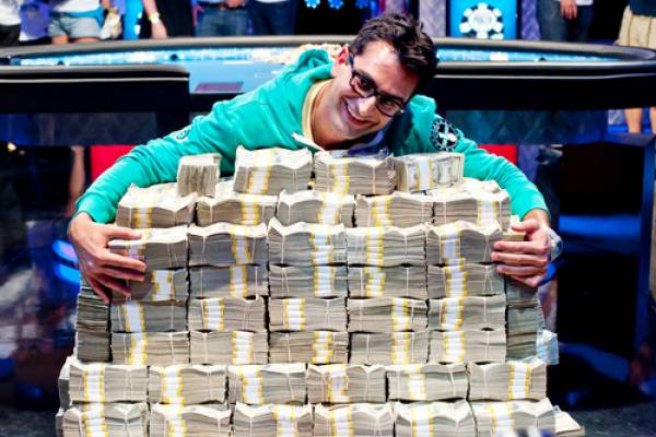 Poker Pro Antonio Esfandiari Bets on Abstinence: Won't Have Sex for a Year