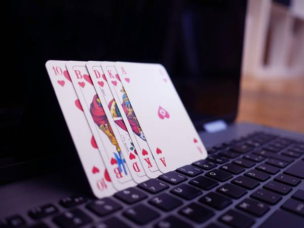 Why Online Casino Games are Becoming More Popular by the Day