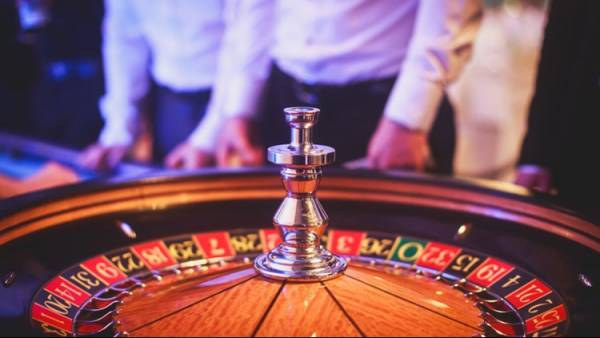 US Casino Workers: Pay Us Through Pandemic
