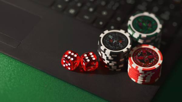 4 Tips for Playing on an Online Casino for the First Time