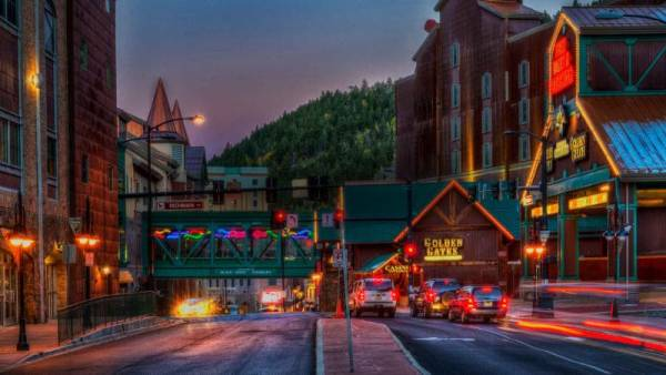 In a matter of weeks, the nationally televised Heartland Poker Tour (HPT) will return to Colorado for a 12-day event at Golden Gates Casino & Poker Parlour. Since its first trip to Colorado in 2007, HPT has awarded over $25 million in Main Event prize pool money to poker players in the Centennial State.