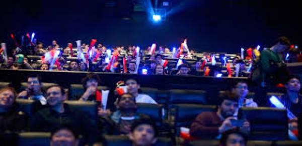 VRX Simulators and NAGRA Partner on eSports in Cinema